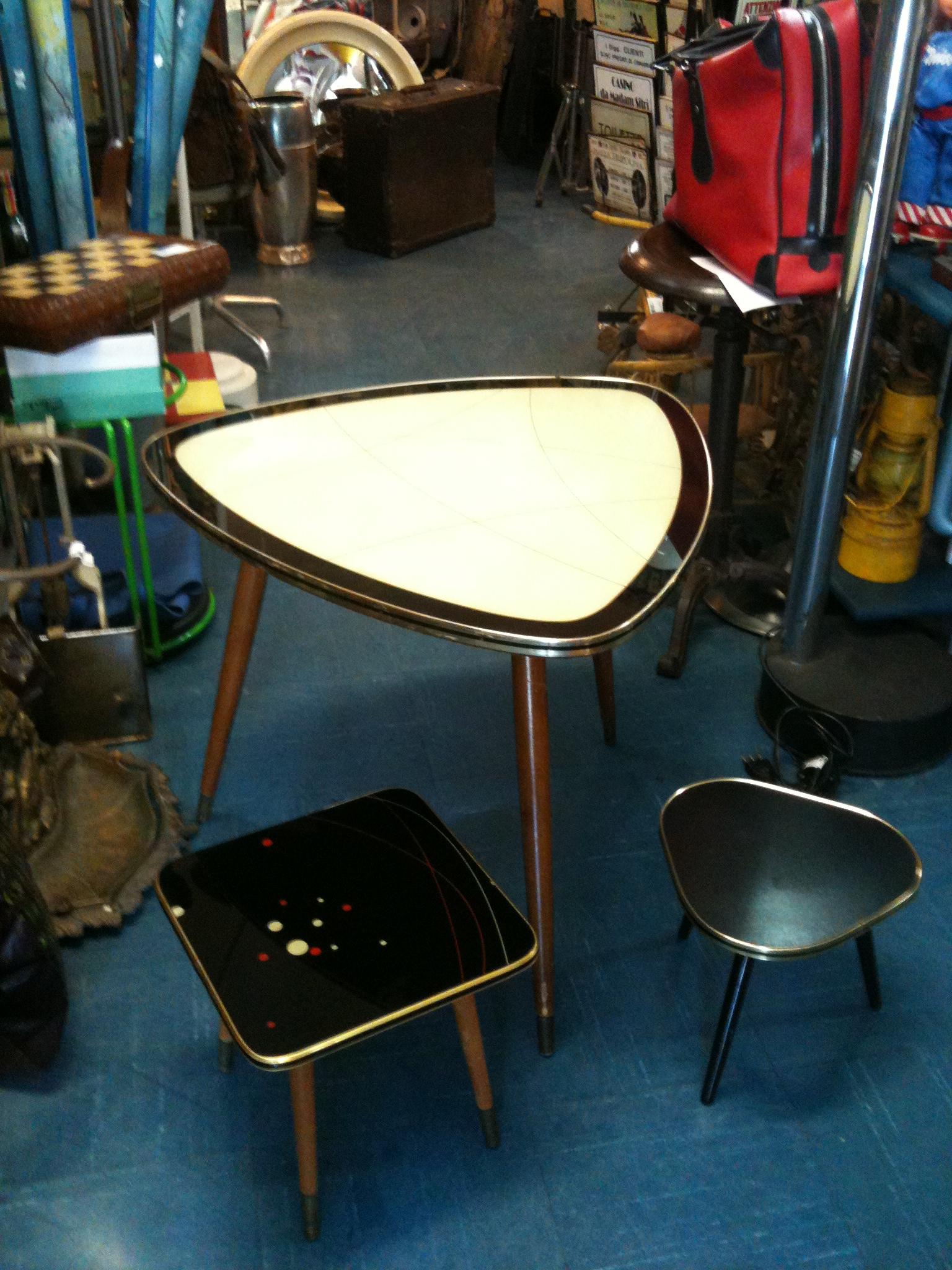 Tavolino anni 50 mercatino penelope for Tavolini anni 50